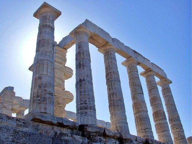храмът на посейдон сунио